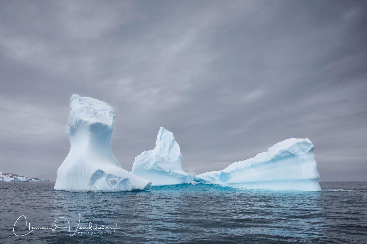 ice-berg-sculpture_83a6819-cierva-cove-antarctica.jpg