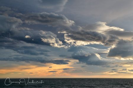 dark-clouds-over-the-coastal-waters_a3i5701-south-georgia-island.jpg