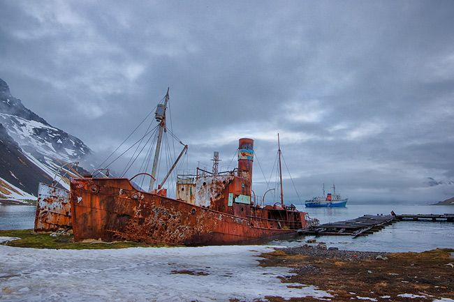 Old-Whaling-vessels-rusting-away_E7T9884-Grytviken-South-Georgia-Islands_HDR.jpg