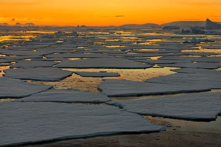 Sunset-over-the-sea-ice_S6A9040-Graham-Coast-Antarctica.jpg