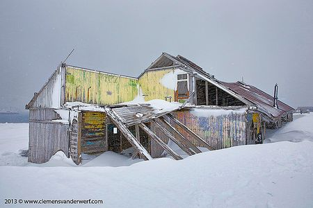 Old-reseach-hut-at-Whalers-Bay_S6A4720-Whalers-Bay-Deception-Island-South-Shetland-Islands-Antarctica.jpg
