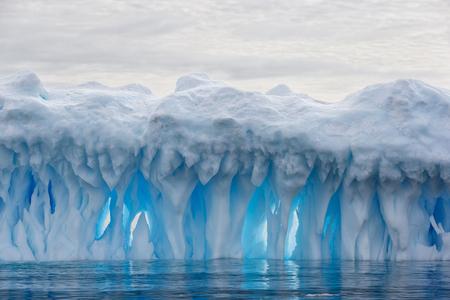 Ice-berg-sculpture-with-backlight_E7T4839-Brown-Bluff,-Antarctica.JPG