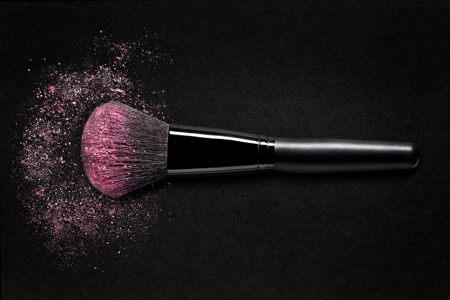 MakeupBrush.jpg