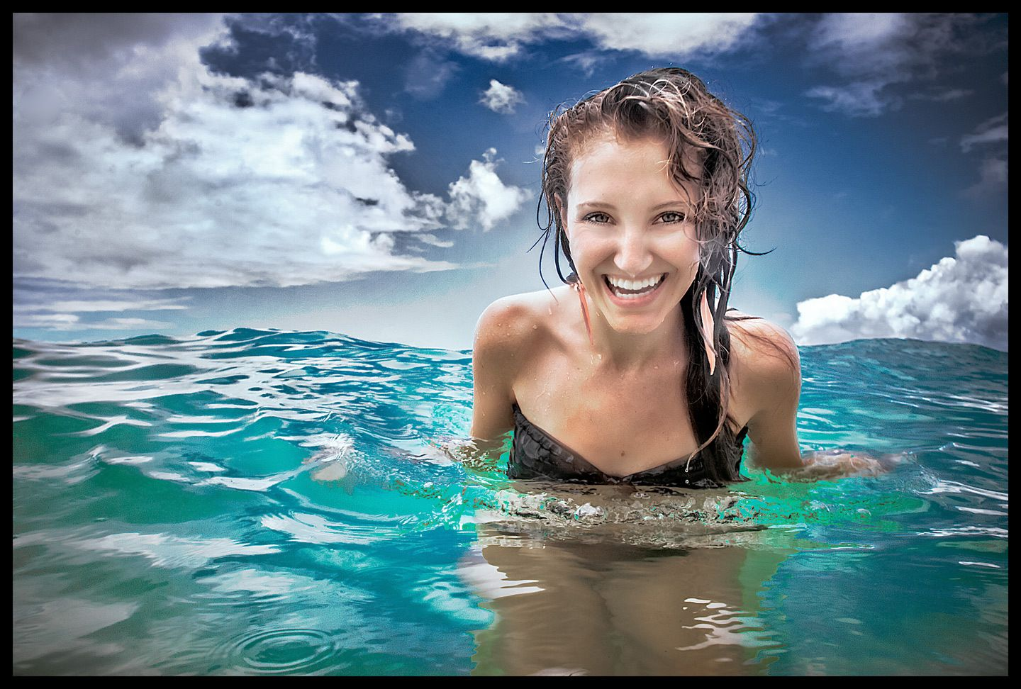 1water_girl_smile