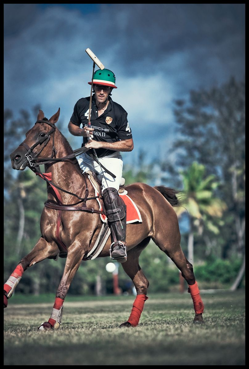 1polo_club_hawaii_action