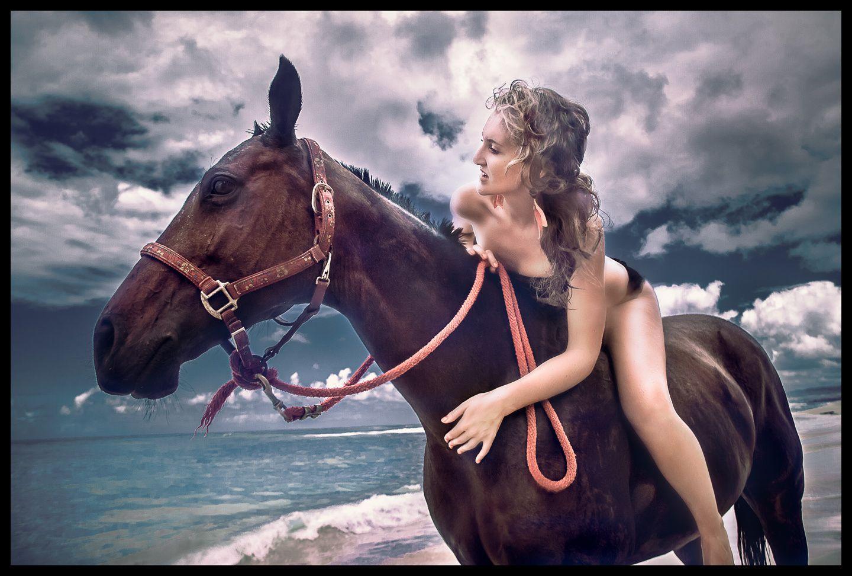 1beach_horse_2