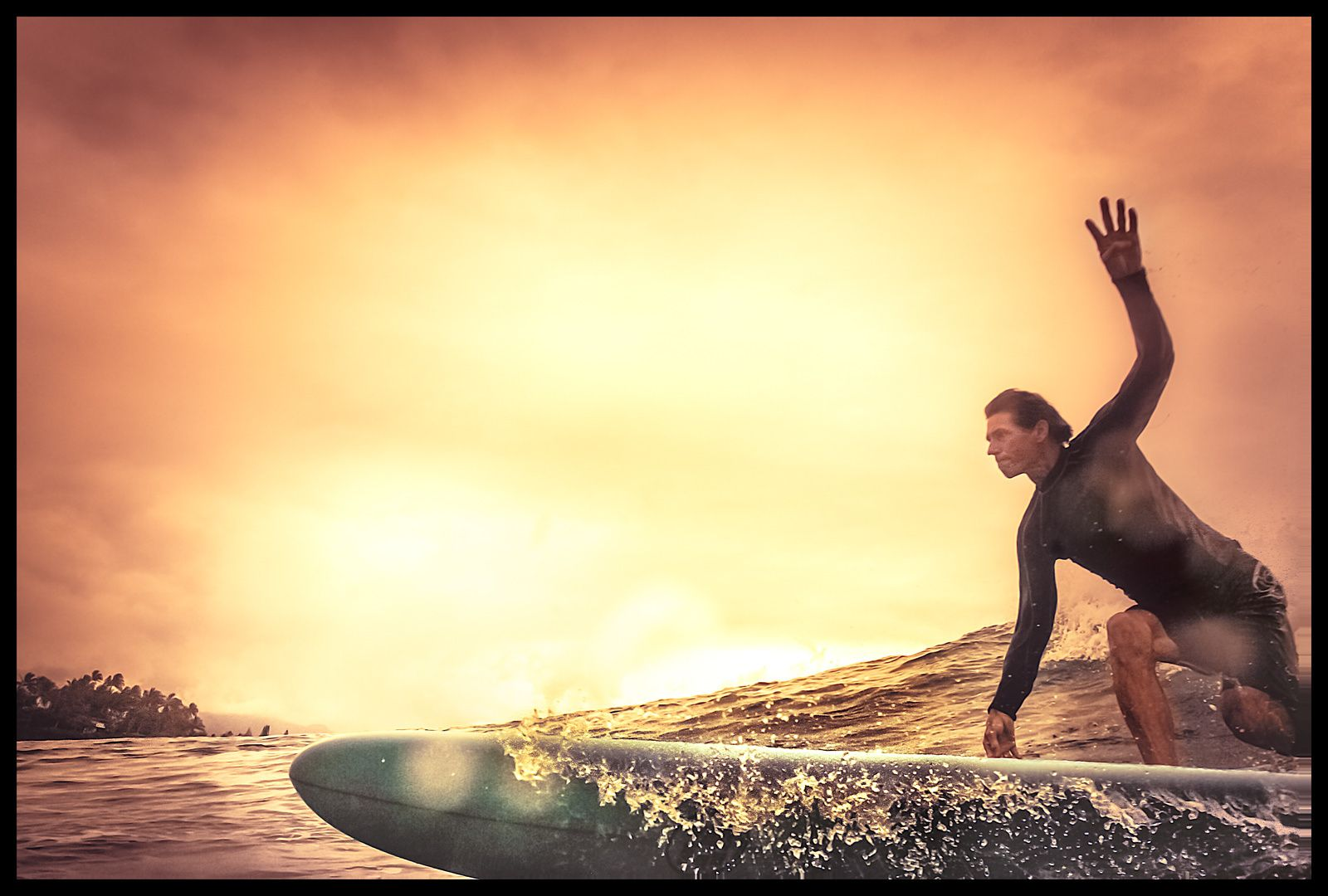 Surfer, Chun's Reef
