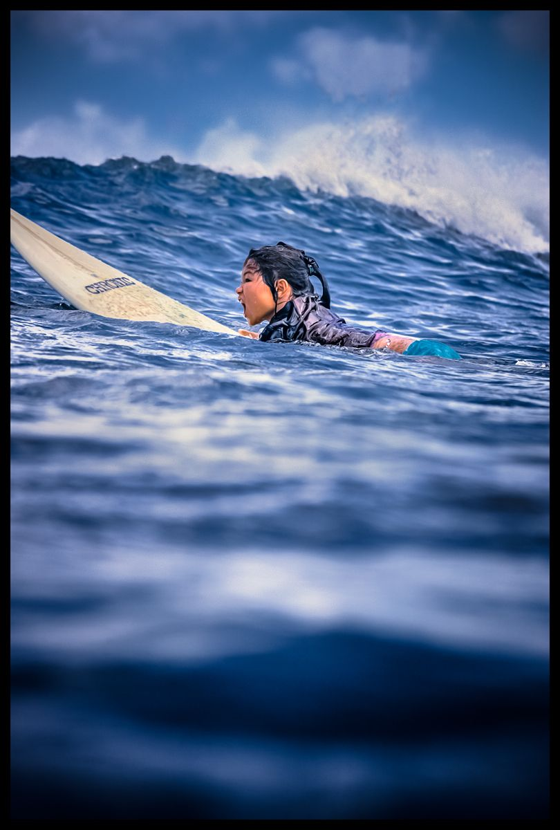 1wahine_surfer_keiki_kid