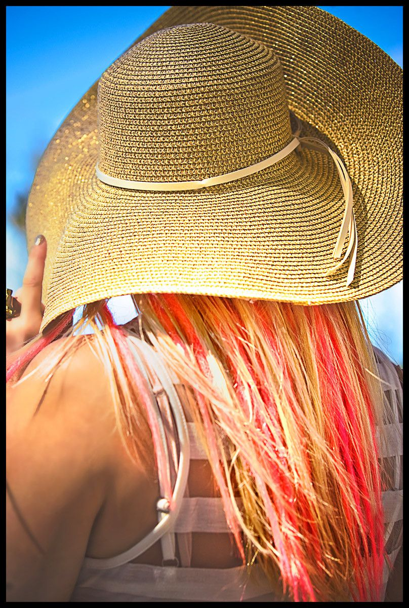 1colorful_hair_polo_hat