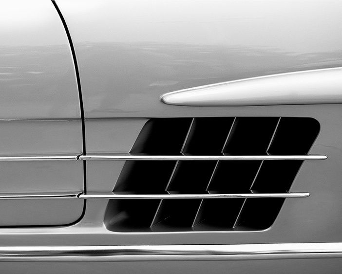 Mercedes-Benz 300SL Roadster side detail