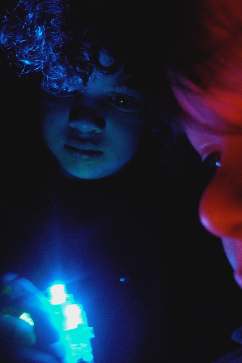 1blueredlight