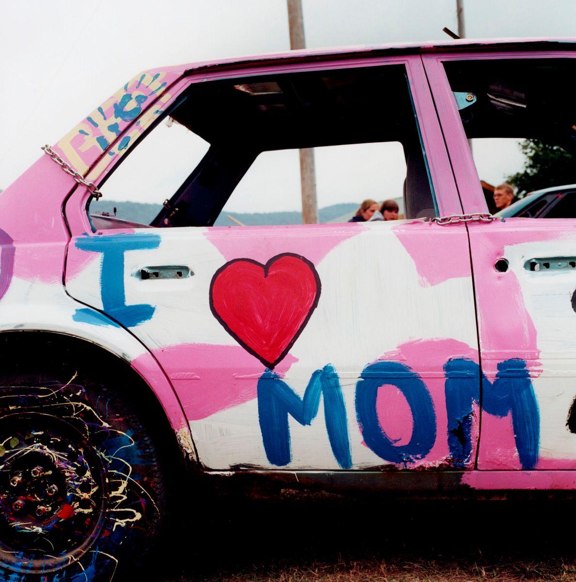Demo Derby: Mom