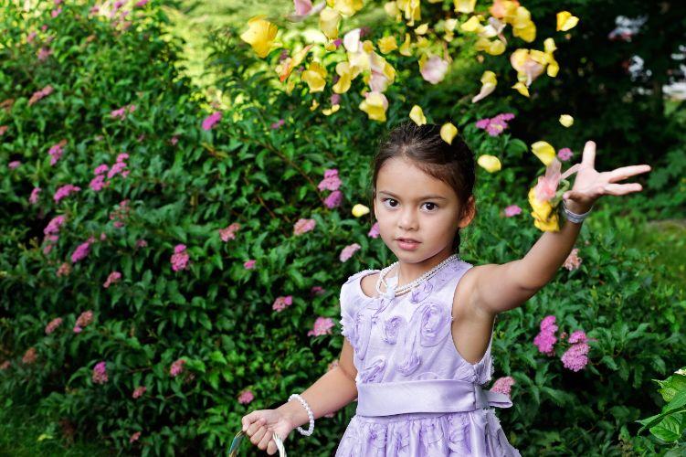 FLOWER GIRL.Boyon + Small WeddingDurham, New Hampshire