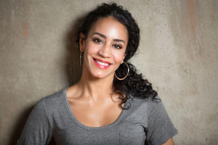 JESSICA FERNANDEZ, actor.