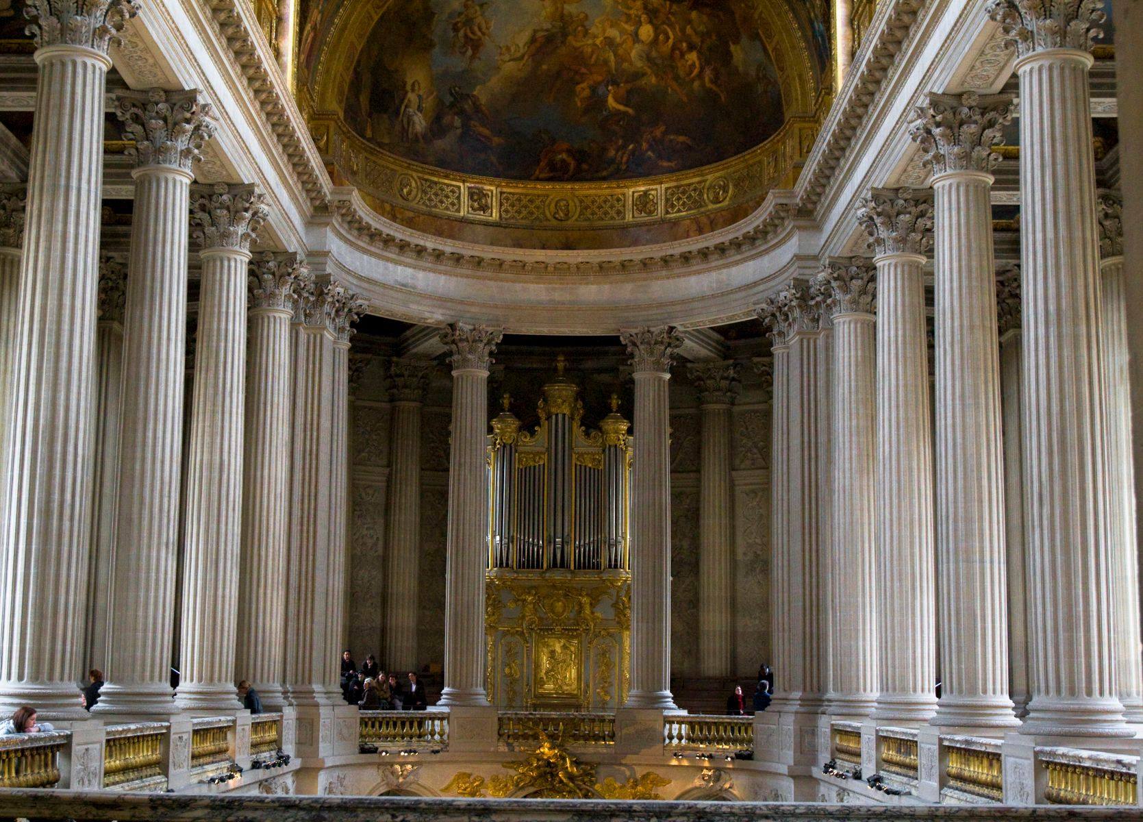 1r8_5x11_greathall_versailles_img_6584