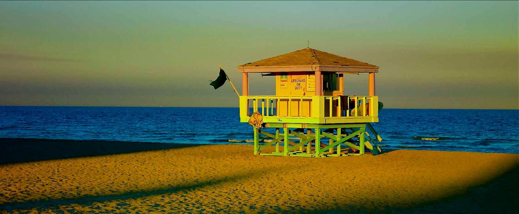 1south_beach_life_guard_shack