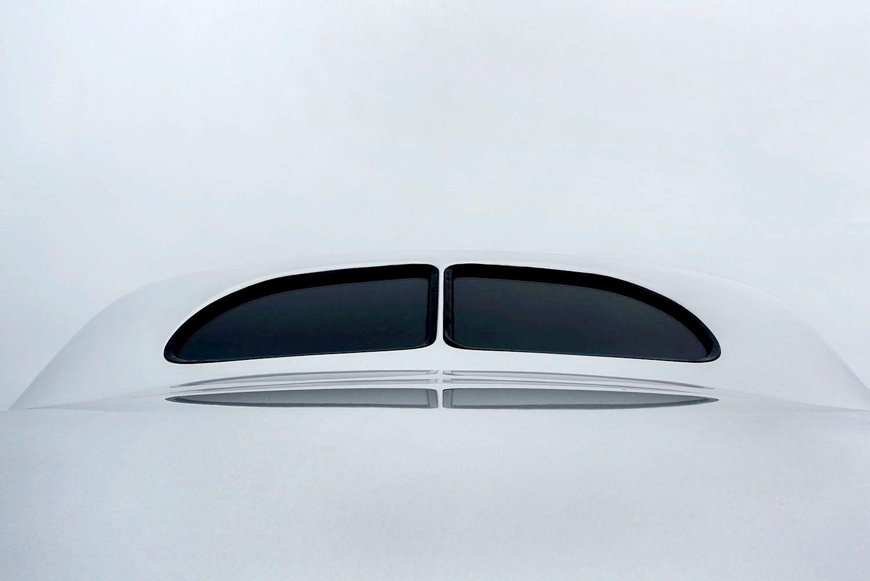 Silver split window Ford