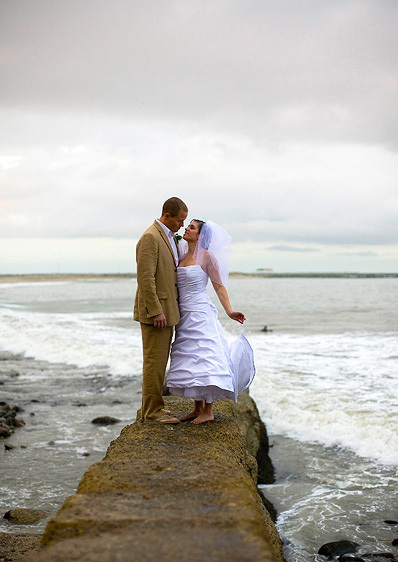 1cabrillo_beach_bathhouse_wedding_pictures_28.jpg
