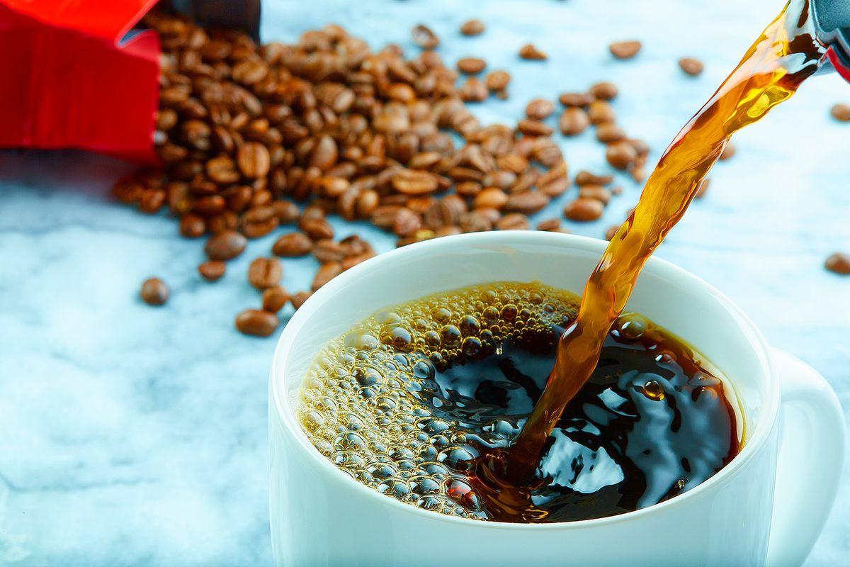 TEST CoffeePour-Web31557.jpg