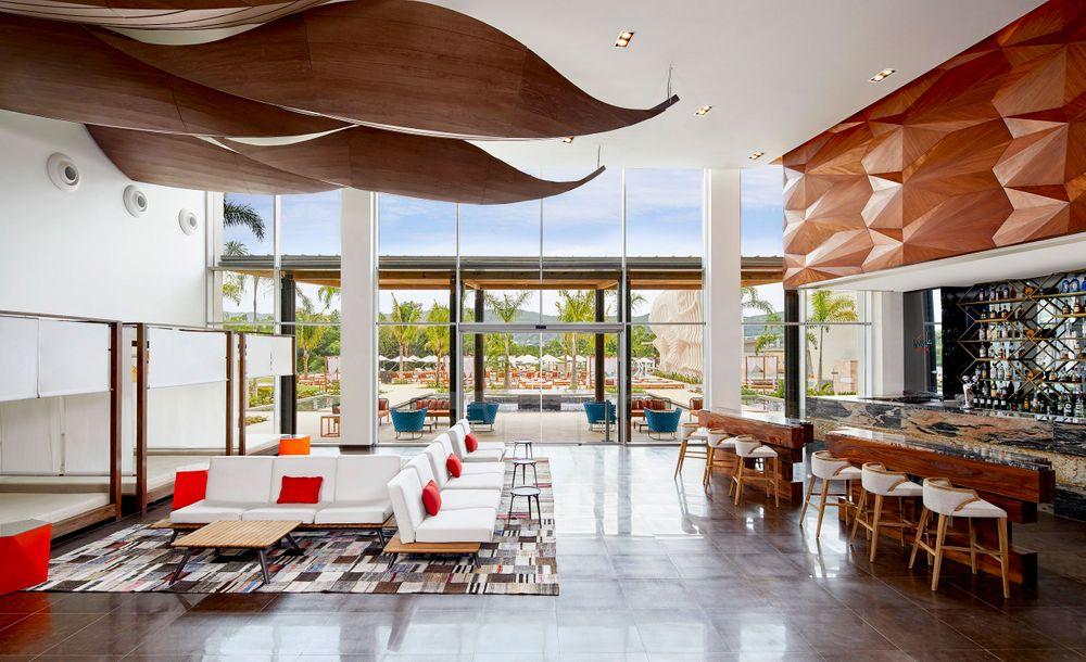 Resort_breathless_lobby2