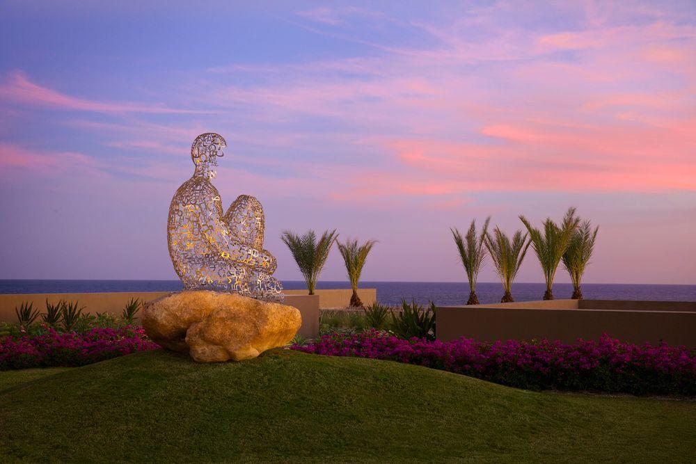 JW Marriott Los Cabos Metal Sculpture