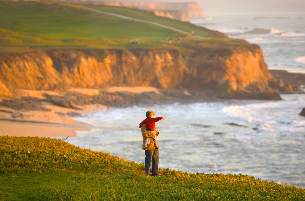 Father_and_son_ocean_cliffs