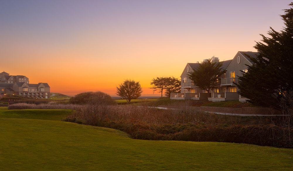 Exteriors_guest_houses_sunset_rchmb