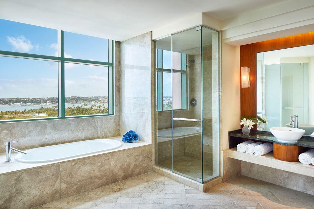Atlantis Cove Bathroom