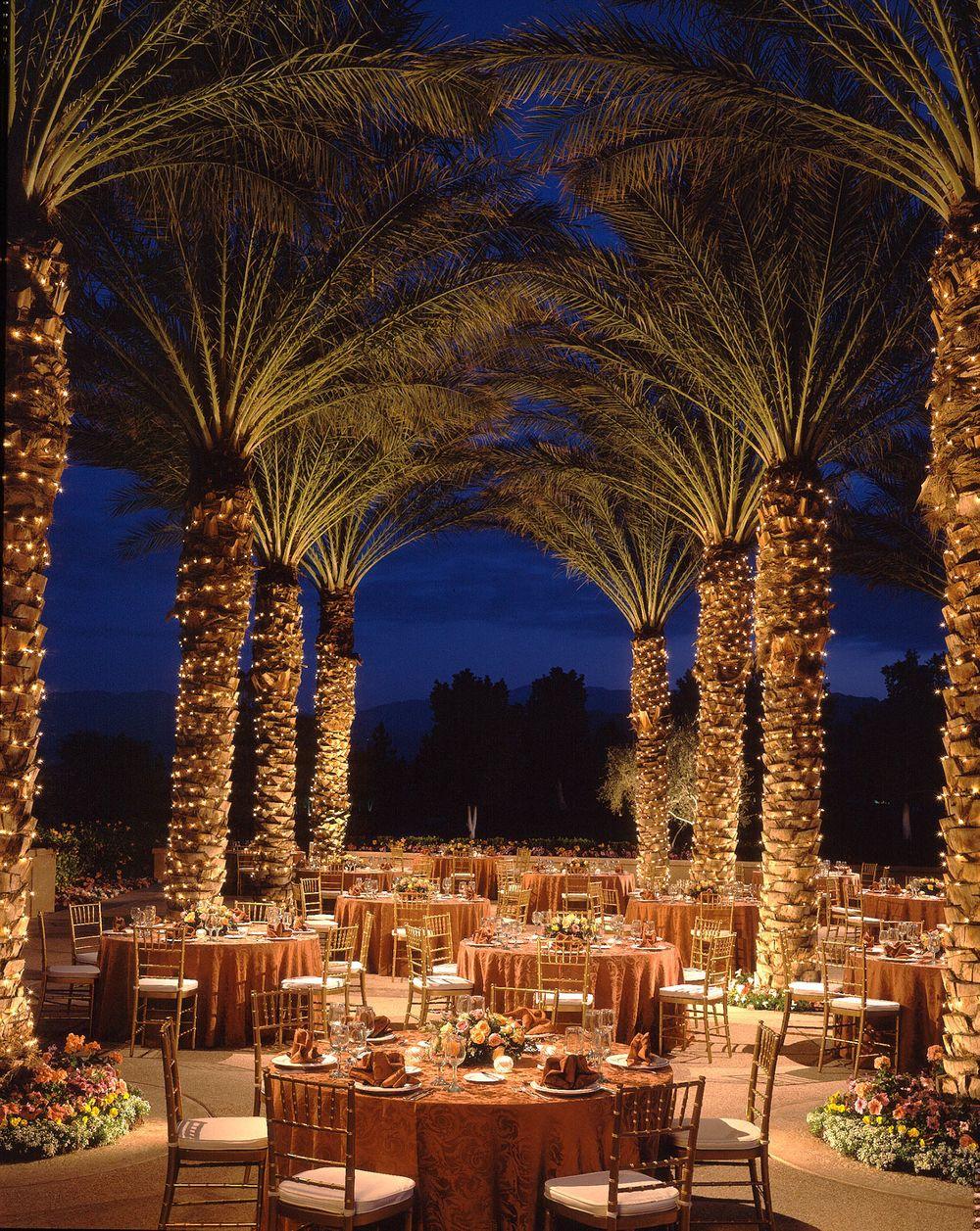 Exterior Wedding Set