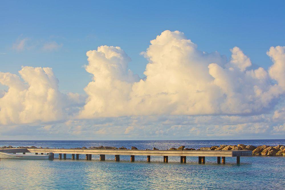 Pier_ocean_clouds_curacao