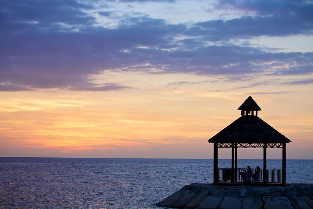 Gazebo_sunset_jamaica