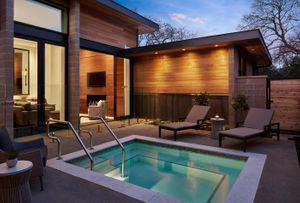 Villa_602_ Exterior_Livingroom_Pool.
