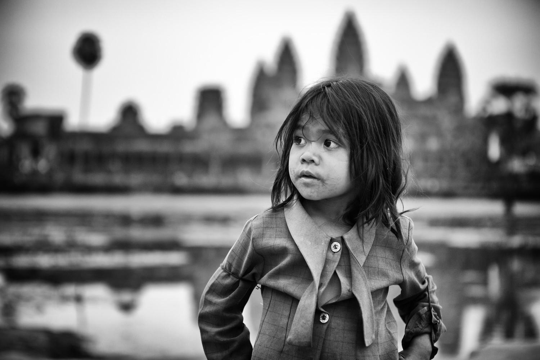 1r20110212_cambodia_34_edit_3