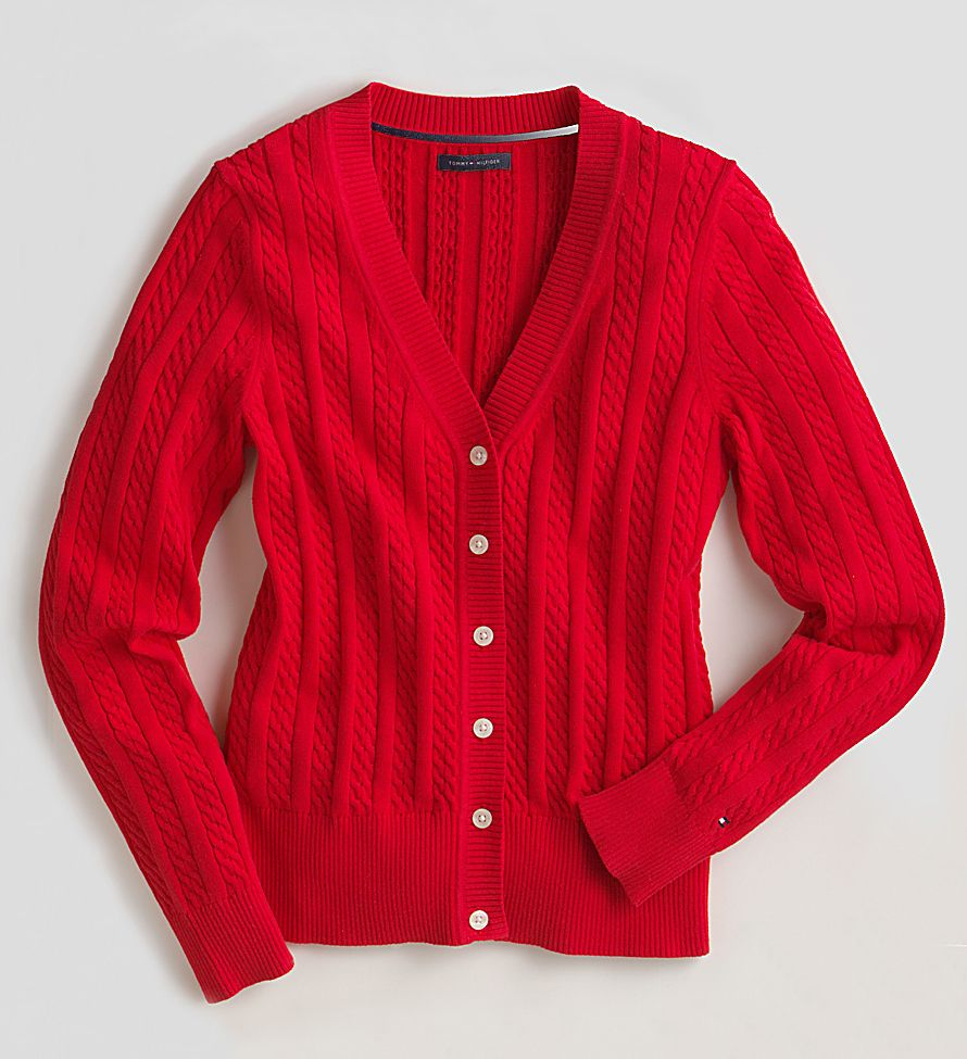 1red_v_neck_sweater_sharpen