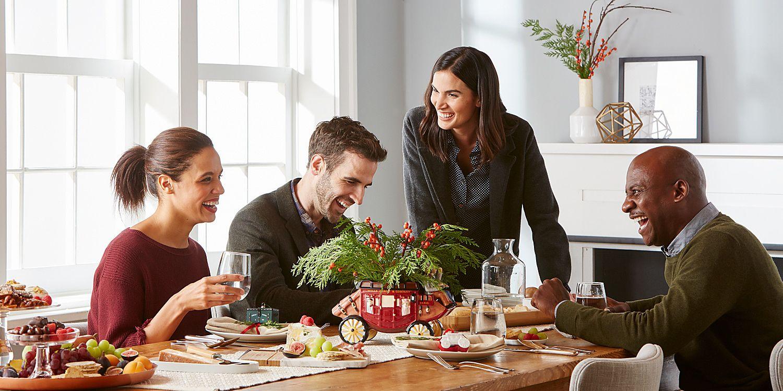 WF_Holiday_dining_room(Sharpened).jpg
