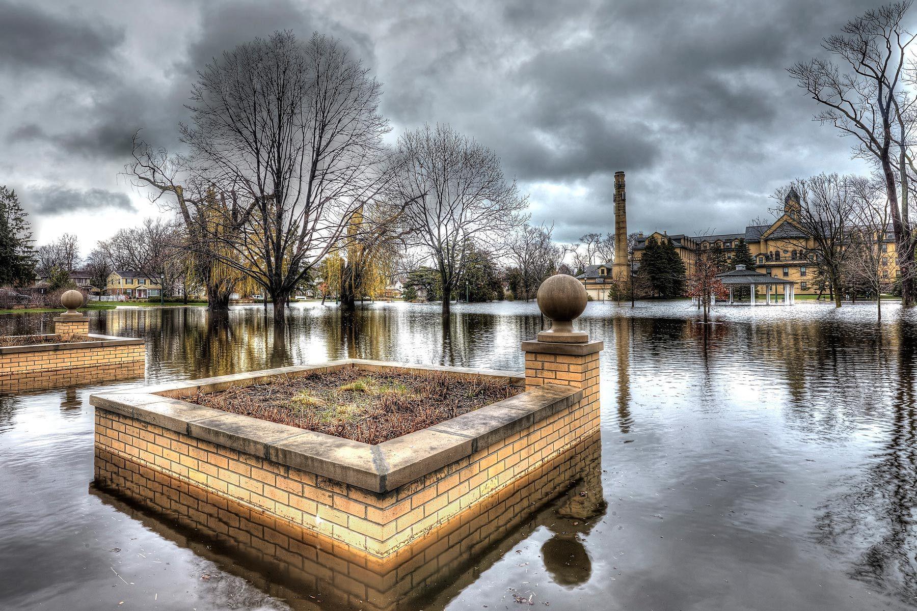 1mallinkrodt_flood