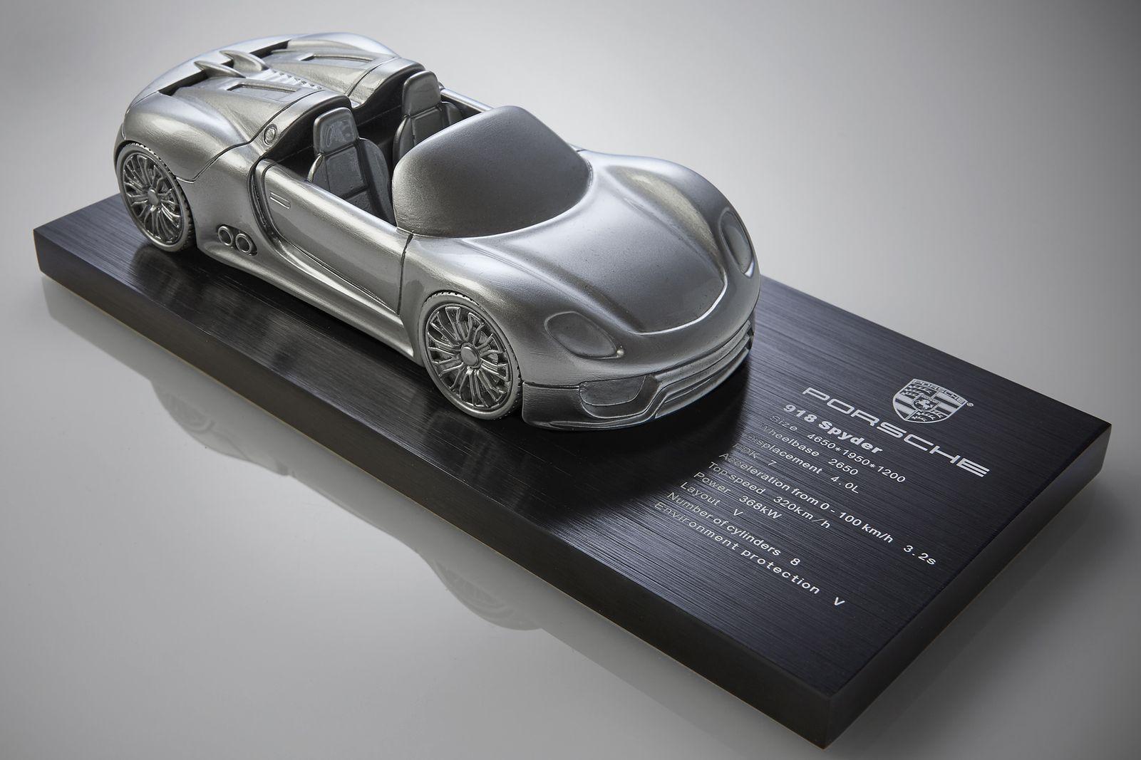 Porsche-Spyder.jpg