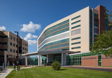 Beck Group  /  CoxHealth Women's and Children's Hospital and Neuroscience Center, Springfield, Missouri