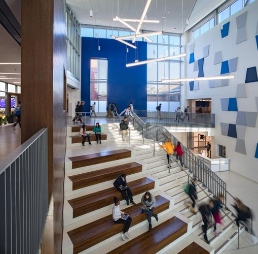 Hastings+Chivetta  /  Ladue Horton Watkins High School addition & renovation