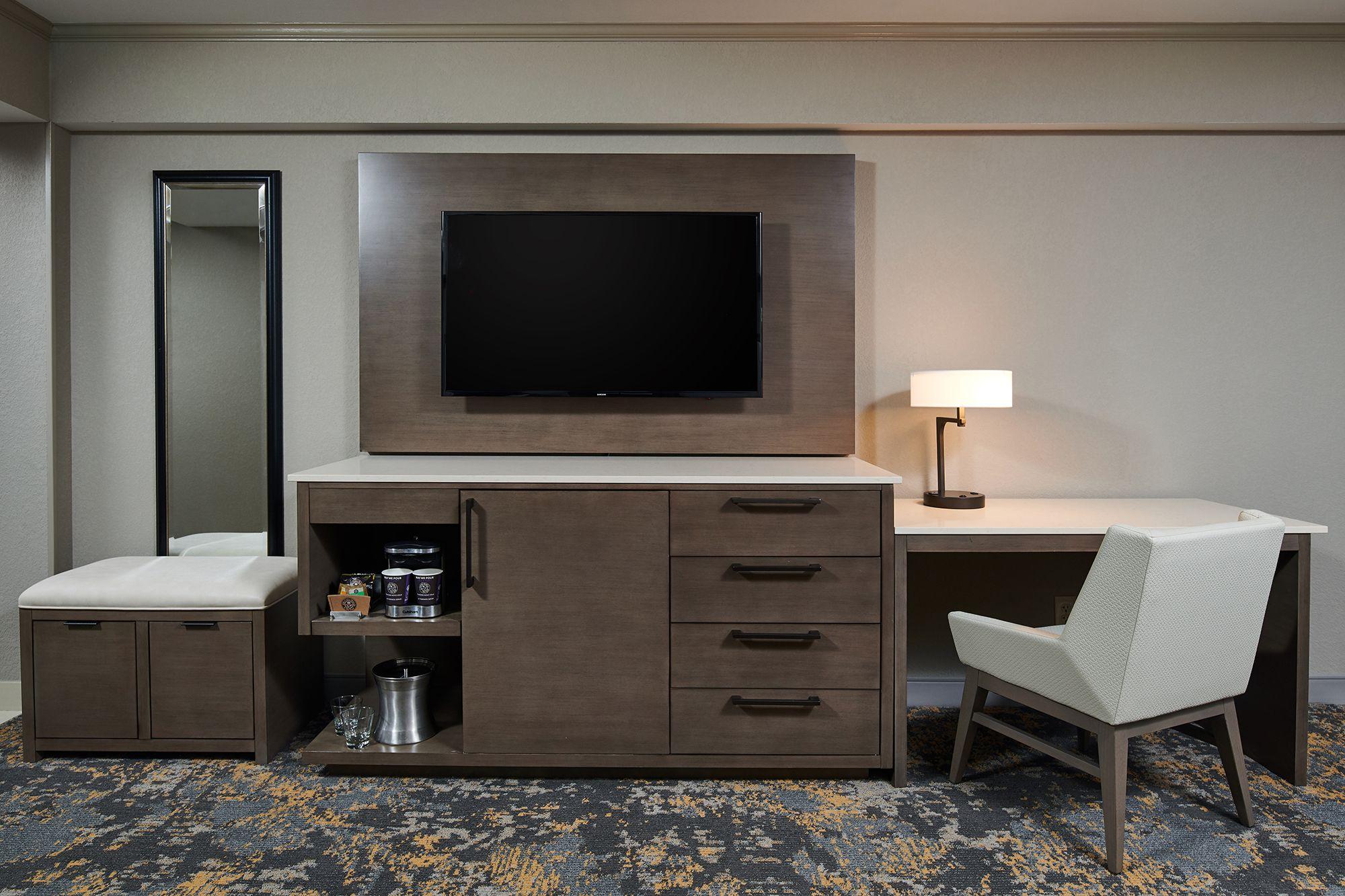 028 Hilton - Anchorage.jpg