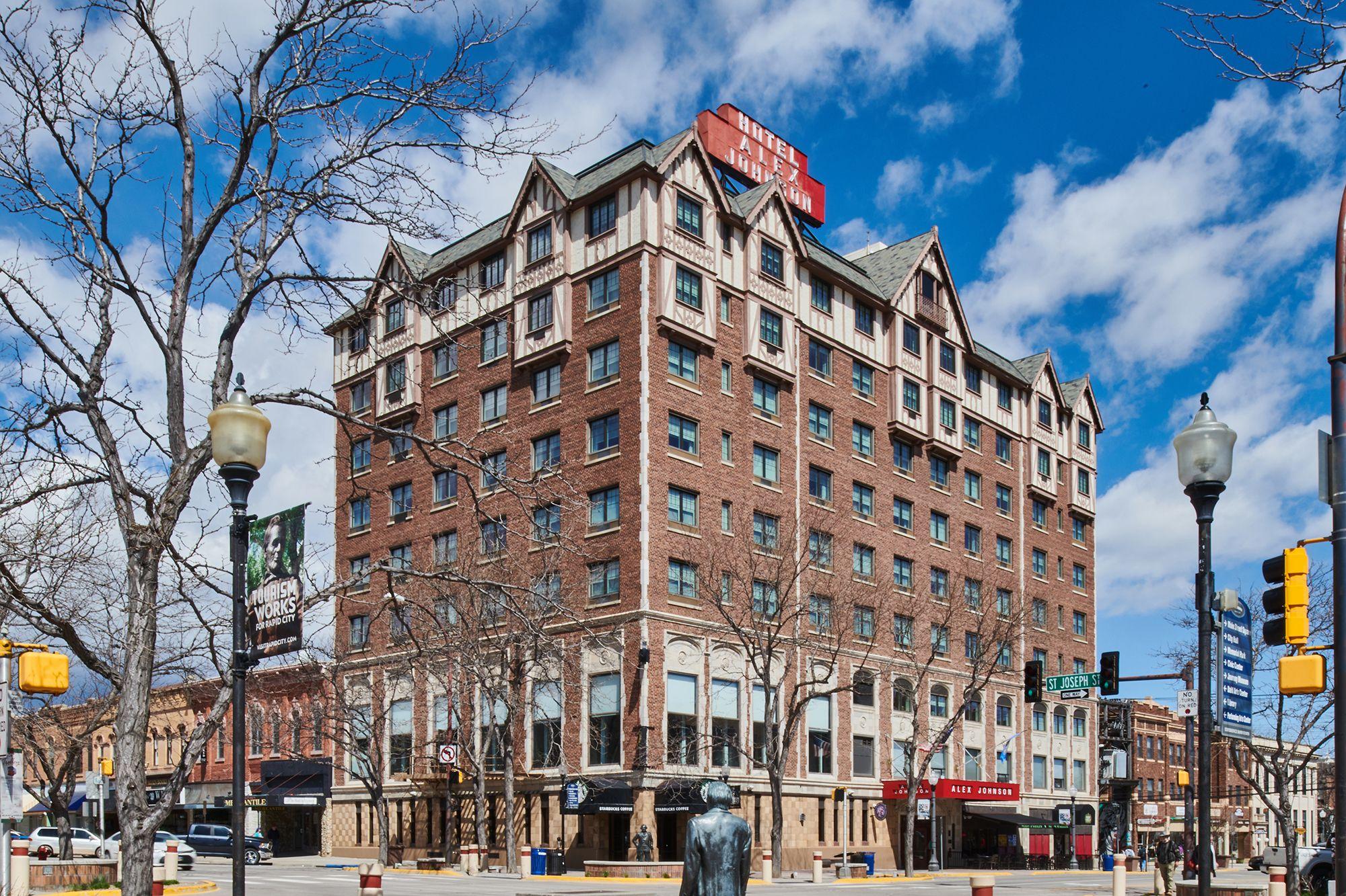 002 Hotel Alex Johnson - Curio Collection by Hilton.jpg