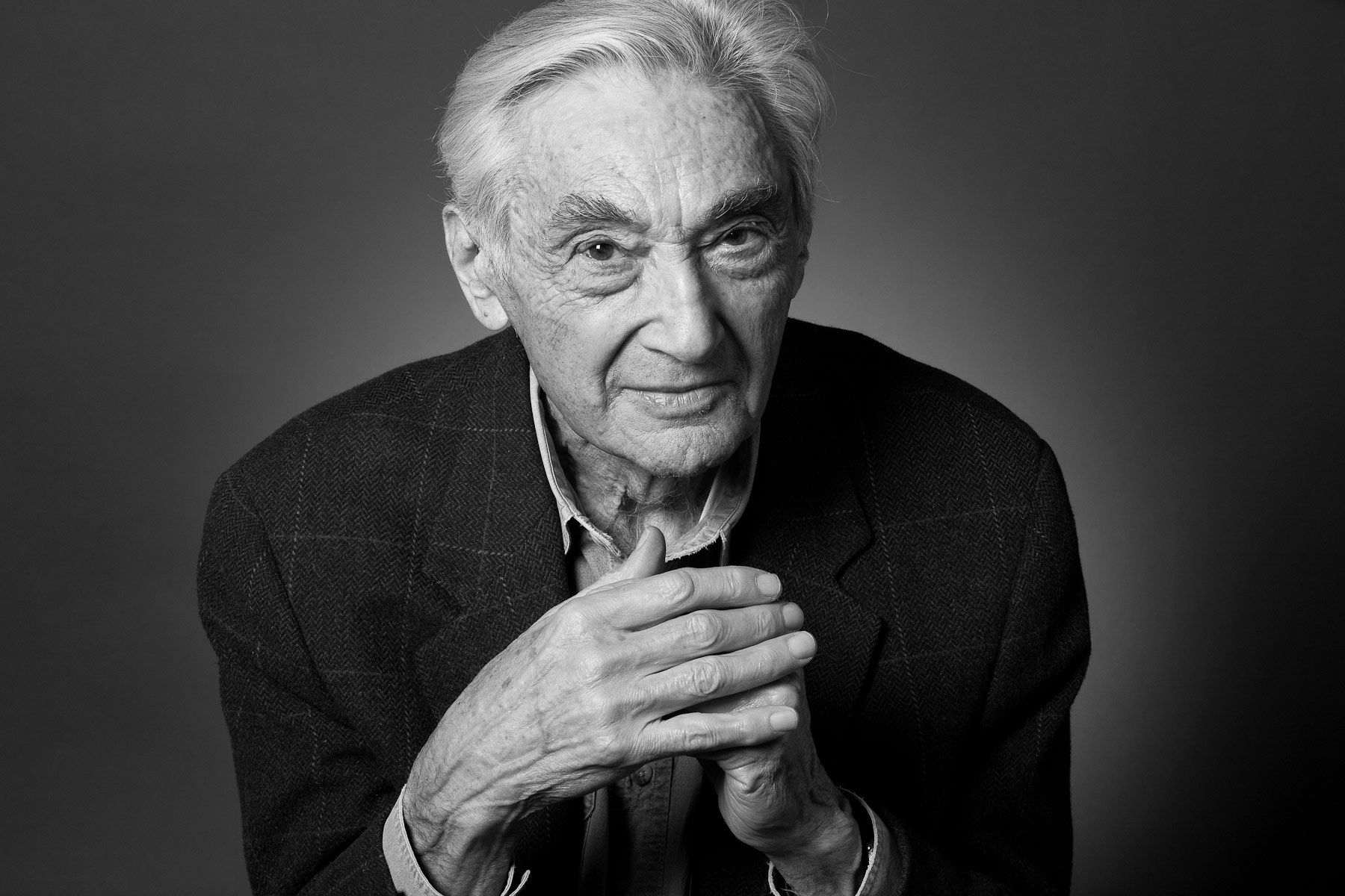 Howard Zinn, historian, chronicled centuries of people's struggles against oppression
