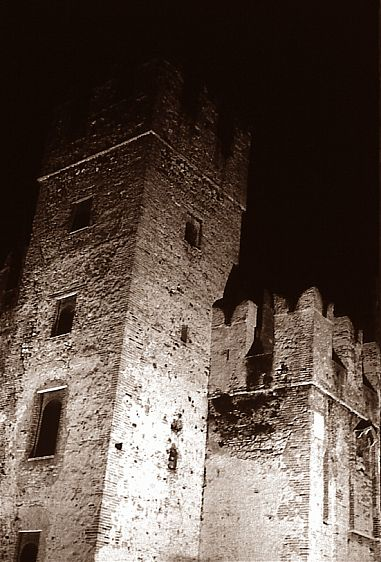 1castle_simione__italy1_2003.jpg