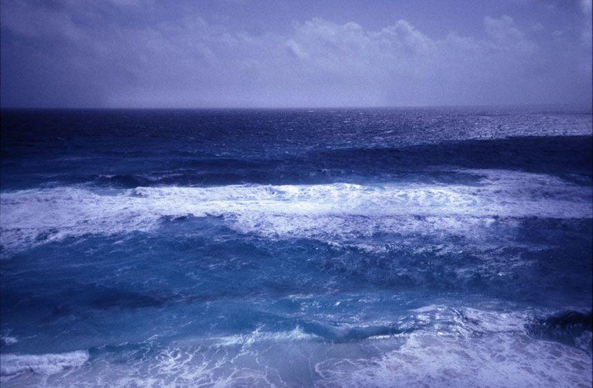 1sea_of_blue_cancun_mexico.jpg