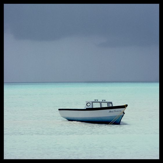 1boat_aruba_sq_frmt_.jpg
