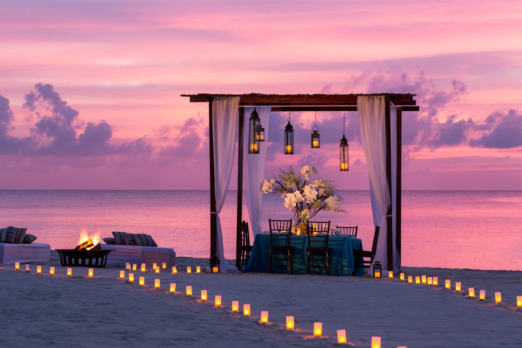 rcgc_beach_prvt_dinner001_1.jpg
