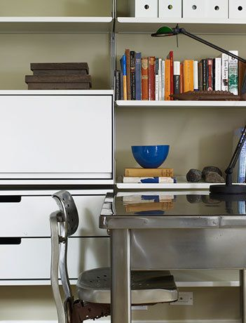 1Library_Desk.jpg