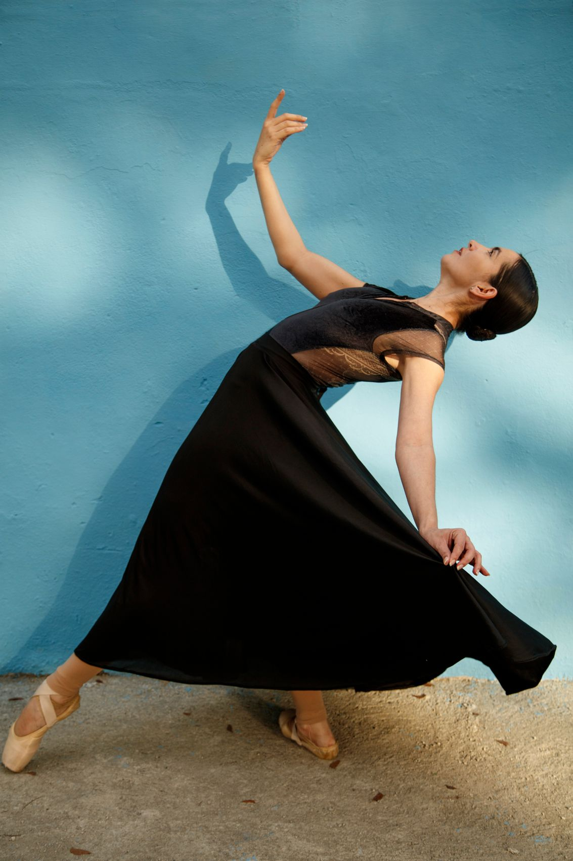 Ballet dancer  in  Centro Habana. Cuba.
