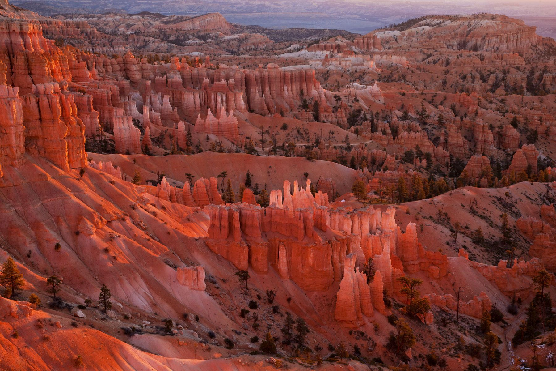 Sunrise at Sunset Point. Bryce Canyon National Park. Utah.