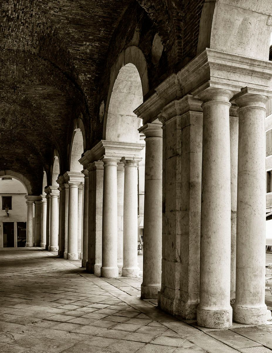 PALLADIO'S FIRST LOGGIA IN VICENZA VIEW 1